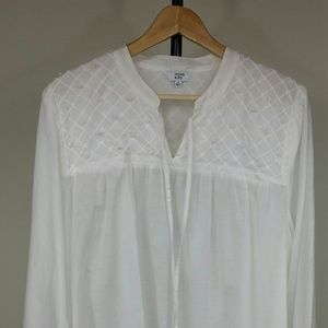 crown & Ivy  white blouse